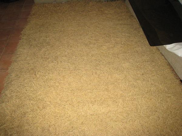 tapis occasion brignoles 83 annonces achat et vente de tapis paruvendu mondebarras. Black Bedroom Furniture Sets. Home Design Ideas