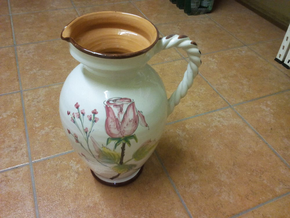 Grand vase décoré  20 Armentières (59)