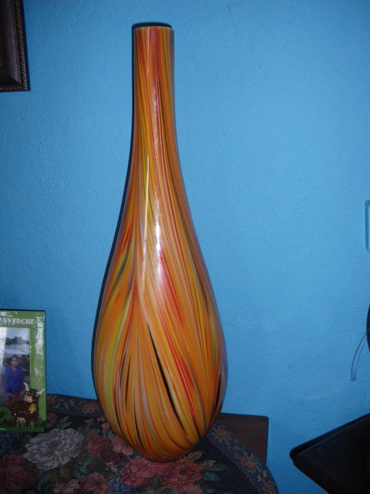 grand vase ou solitaire en verre  19 Calès (46)