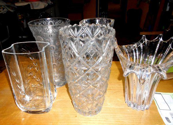 grand vase en verre sculpté taillé (l'unité) Décoration