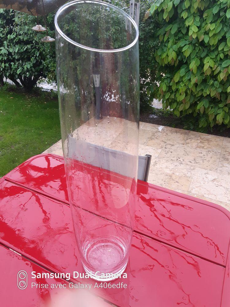 Grand vase en verre  25 Saint-Genis-Laval (69)