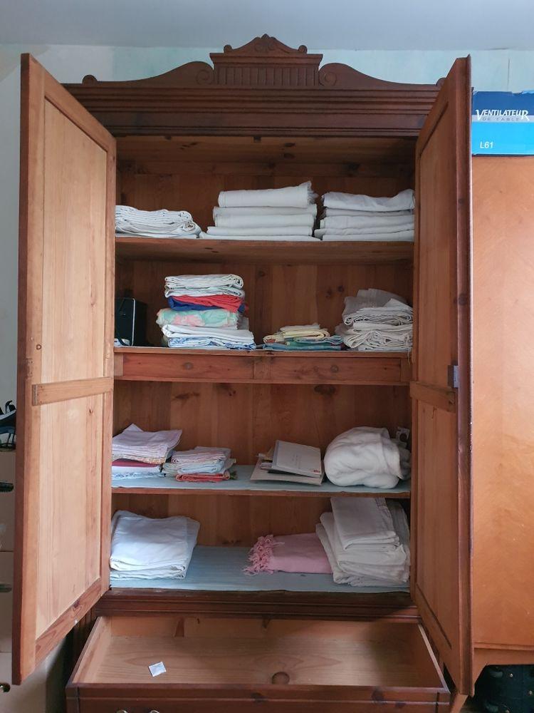 Grande armoire encienne 100 Linars (16)