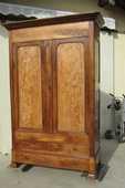 Grande armoire lingère en noyer et loupe, Louis Philippe 800 Bayonne (64)