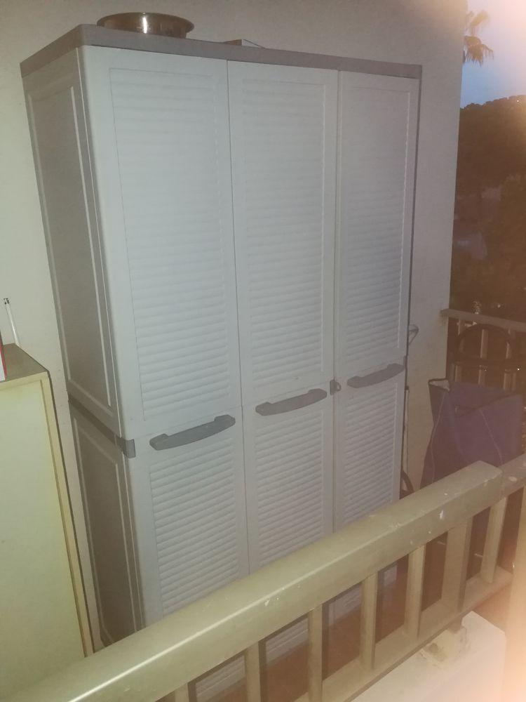 grande armoire en plastique pour balcon 65 Le Cannet (06)