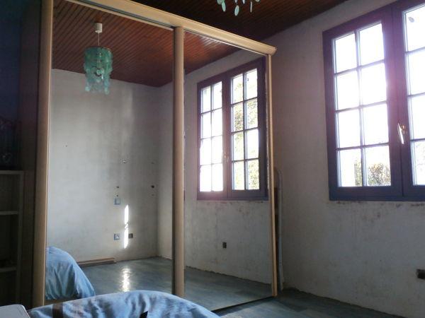 Achetez grande armoire occasion annonce vente mauz sur le mignon 79 w - Grande armoire porte coulissante ...