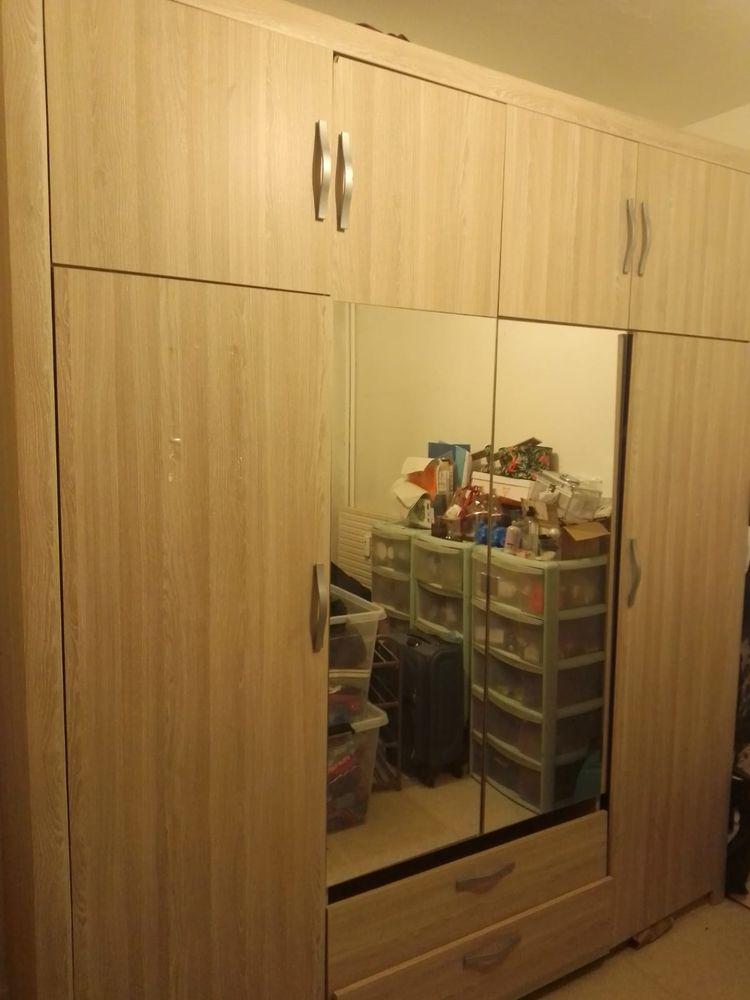 Grande armoire 4 portes 200 Saint-Denis (93)