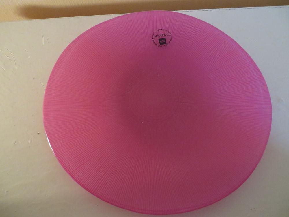 grande assiette rose en verre  3 Saint-Brevin-les-Pins (44)