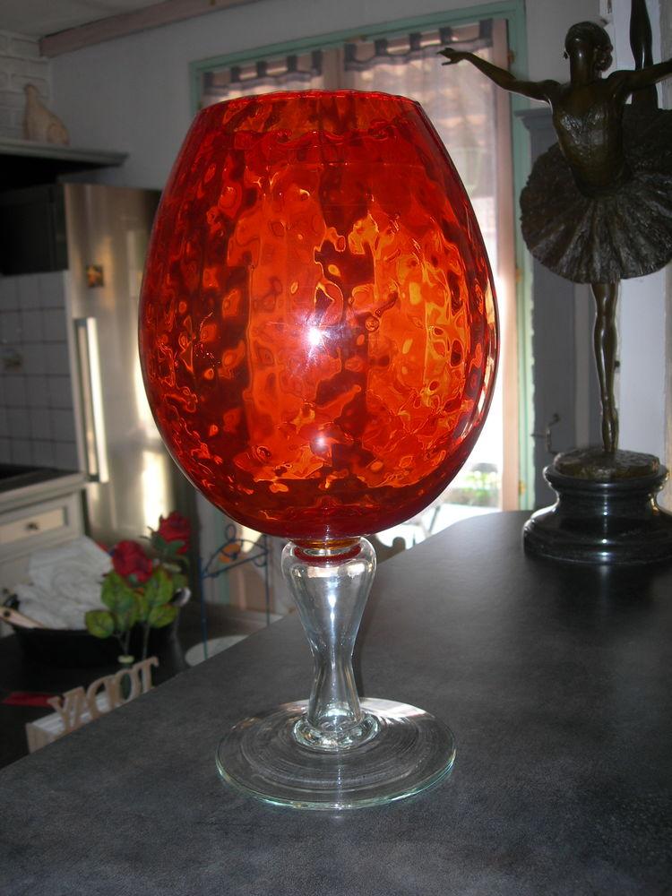 Grande coupe en verre d'Italie 180 Gignac-la-Nerthe (13)