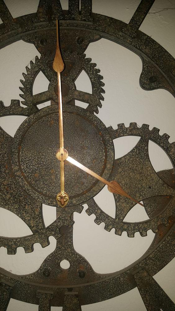 grande horloge murale en bois imitation vieux metal 40 Pont-Saint-Esprit (30)