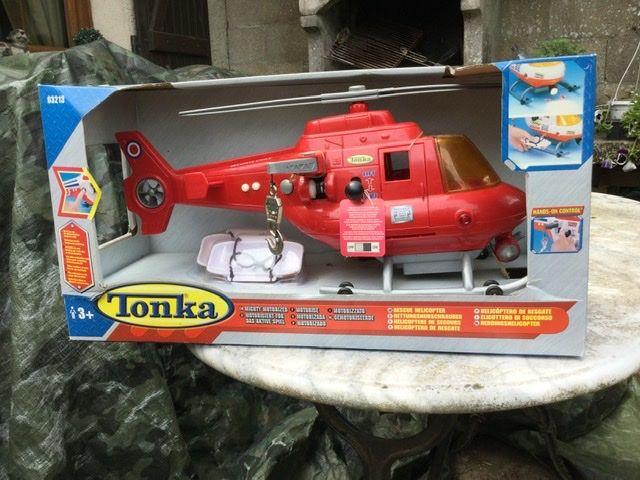 Grande modèle de l'hélicoptère. 15 Les Molières (91)