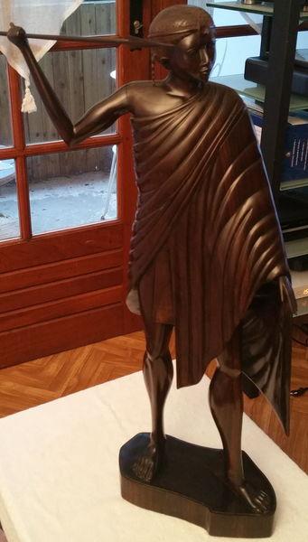 Grande statue 1° roi malgache en bois de rose 250 Sanguinet (40)