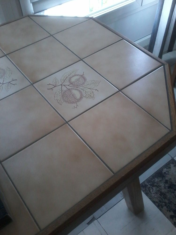 Grande table a manger 100 Tourcoing (59)