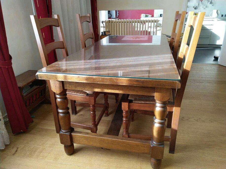 GRANDE TABLE RUSTIQUE EN CHENE MASSIF 0 Caluire-et-Cuire (69)