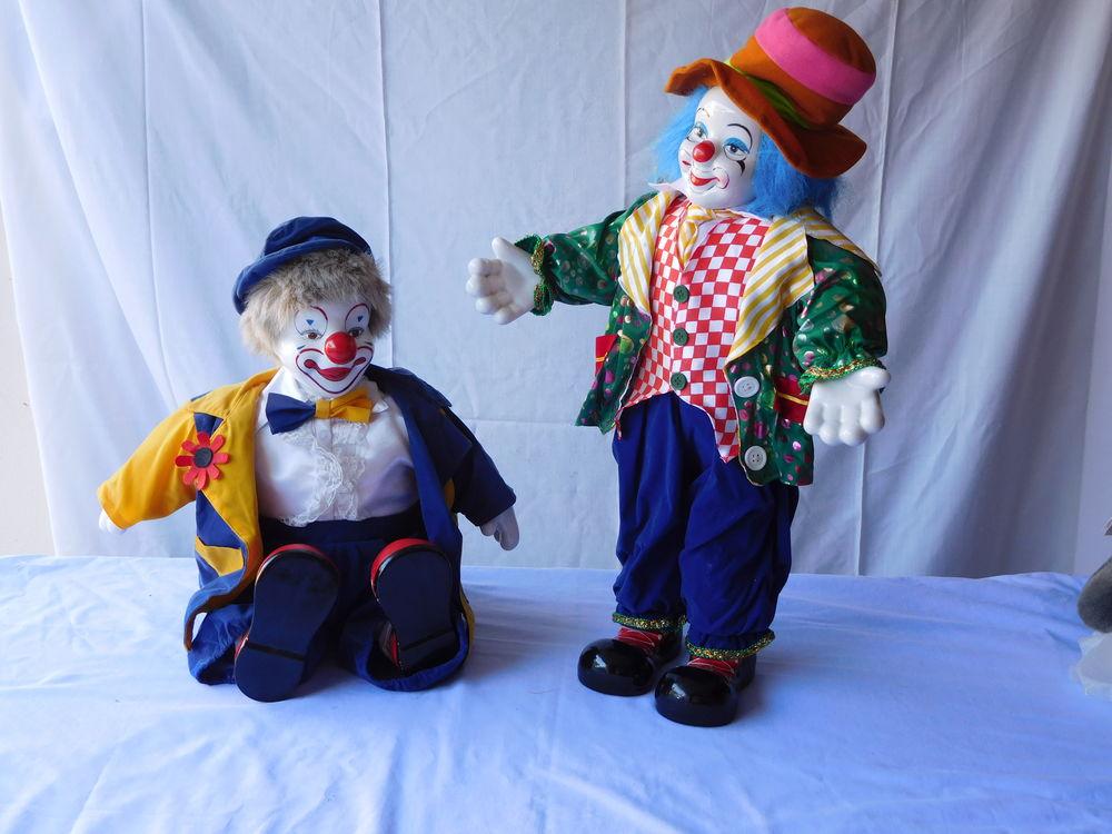 2 grands clowns 40 La Crau (83)