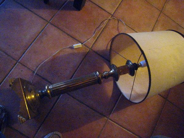 2 grands pieds lampe cuivre jaune 35 Brignoles (83)