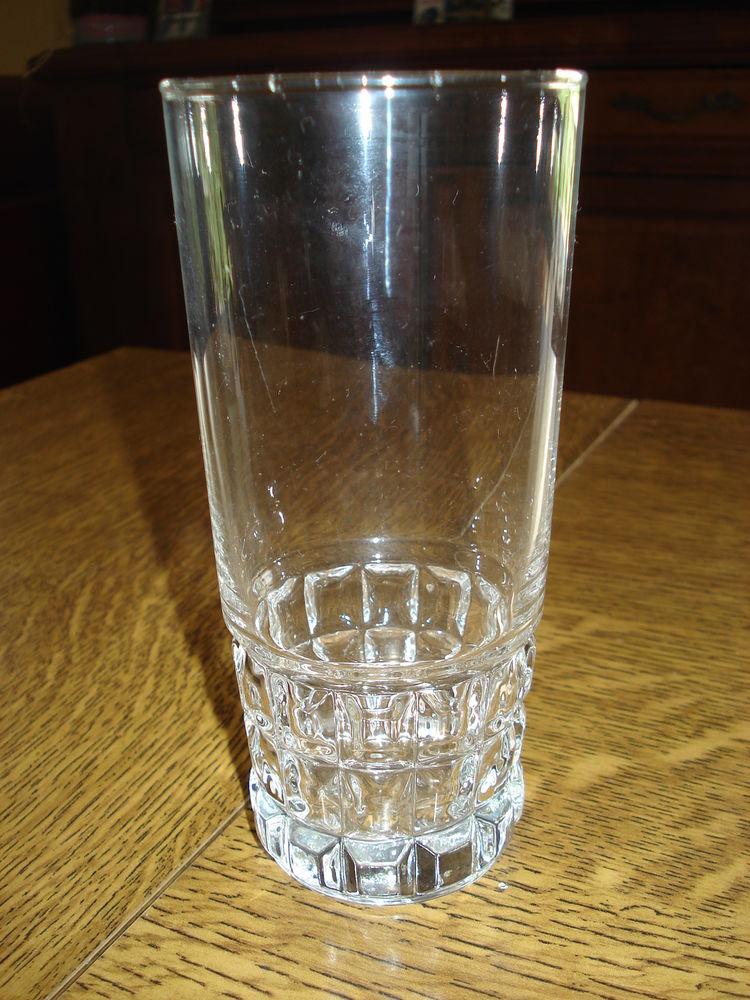 10 grands verres pour eau ou jus de fruits et autres modèles 0 Mérignies (59)