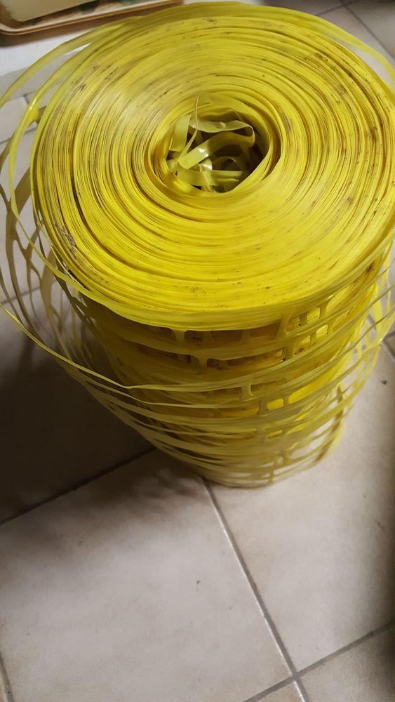 grillage de protection pour tuyau de gaz en tranchée. 0 Grigny (91)