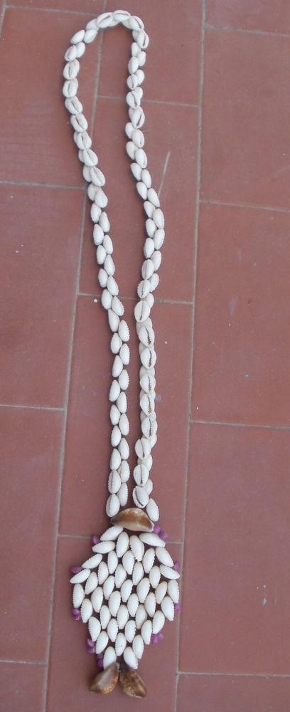 Gros collier de coquillages de Nouvelle Calédonie  10 Montauban (82)
