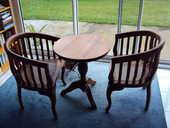 Guéridon et 2 fauteuils cannés 450 Le Tampon (97)