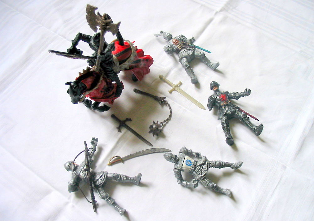 Lot de Guerriers médiévaux Réf: J19 Jeux / jouets