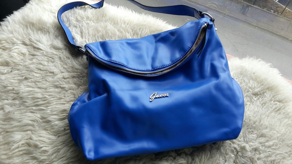 sac  Guess bleu 0 Perpignan (66)
