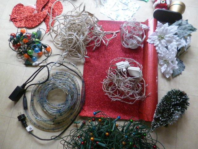 guirlandes électriques, père Noël,.... 1 Martigues (13)