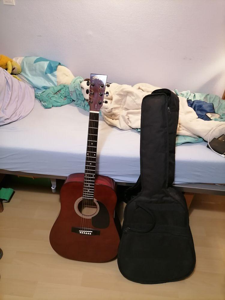 Guitare acoustique  250 Gézaincourt (80)