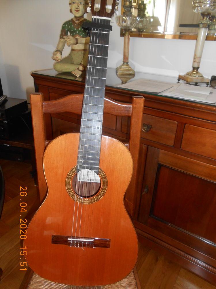 guitare classique 4/4 ESTEVE quasi neuve 300 Nice (06)