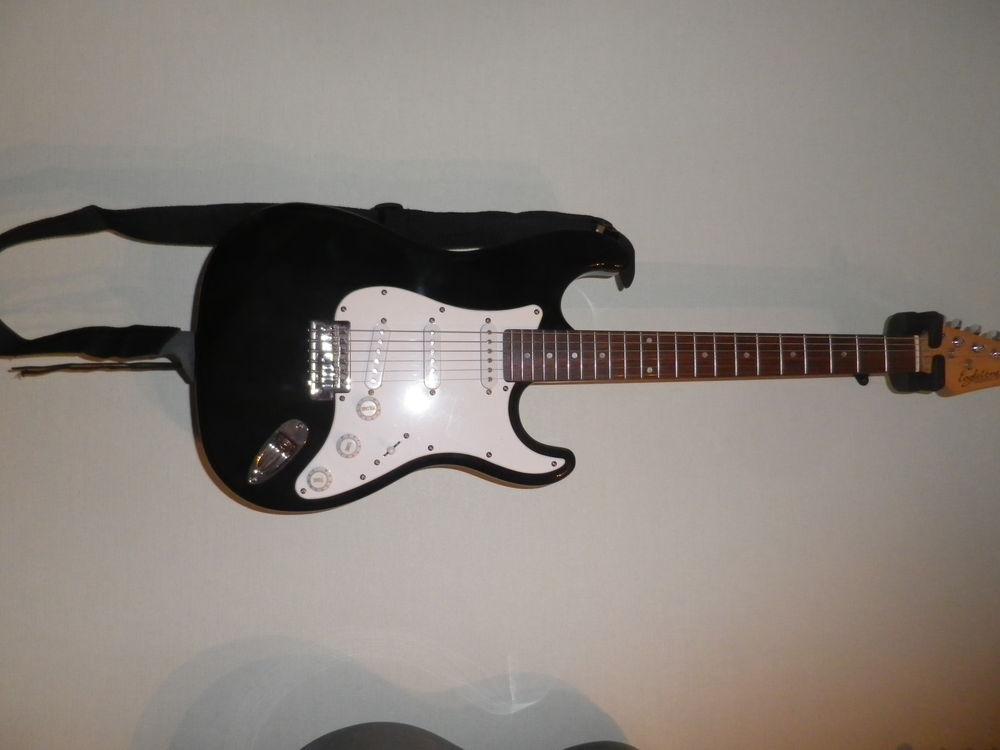 Guitare électrique EAGLETONE 100 Neuilly-sur-Eure (61)