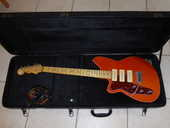 GUITARE ELECTRIQUE GAUCHER REVEREND JETSTREAM 390 800 Saint-Denis-sur-Loire (41)