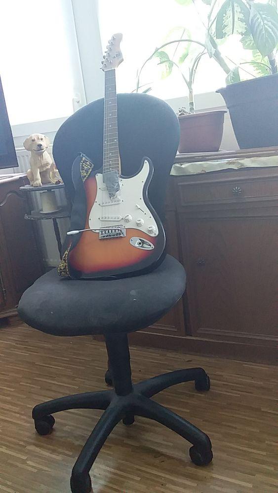 guitare électrique 300 Strasbourg (67)