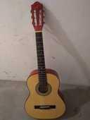 Guitare enfant 20 Saint-Jean-de-Luz (64)
