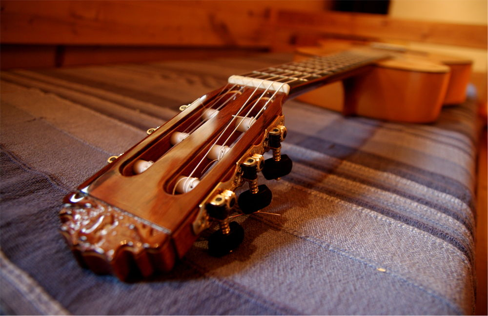 Guitare flamenca exceptionnelle en cyprès de Rafael Bernal 2990 Antony (92)