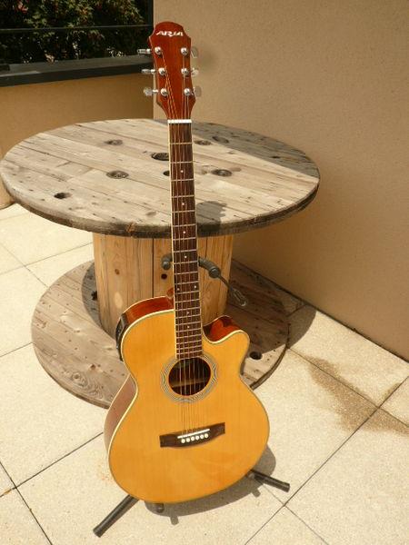 guitare folk électro-acoustique ARIA 180 Genas (69)