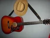 guitare de grande marque royale  120 Méru (60)