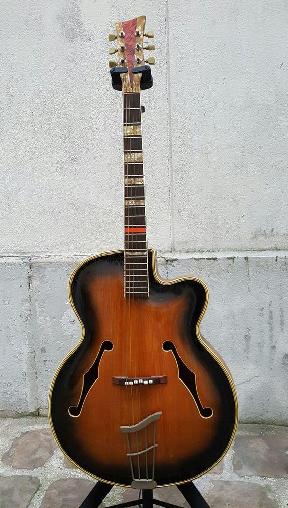Guitare Jazz tres rare 1200 Paris 14 (75)