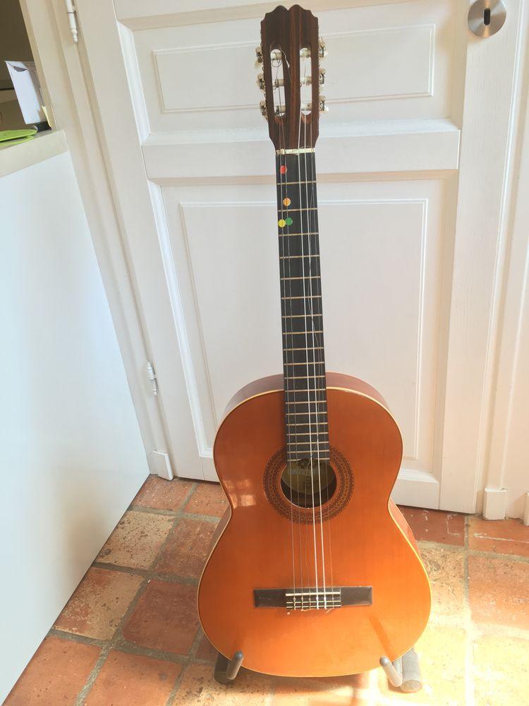 Guitare sèche espagnole 30 Antony (92)
