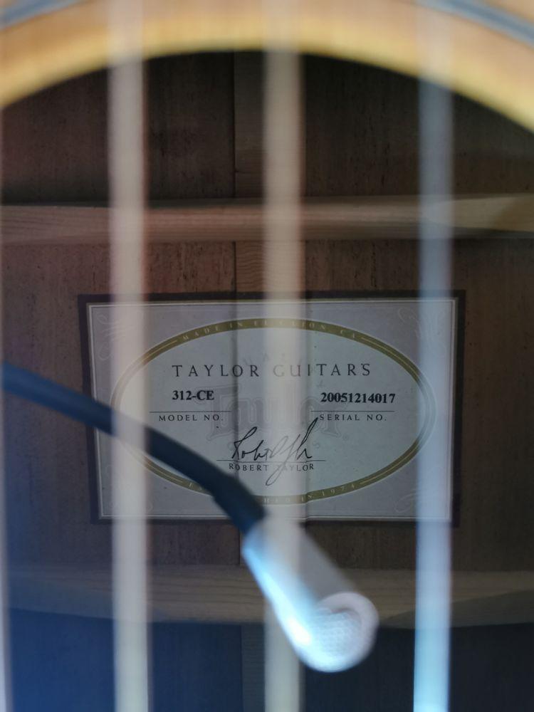 Guitare Taylor  1600 Nouan-le-Fuzelier (41)