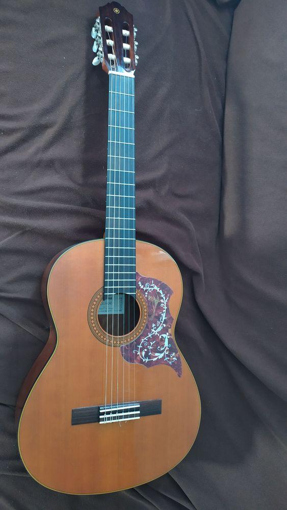 Guitare Yamaha 150 Beauvais (60)