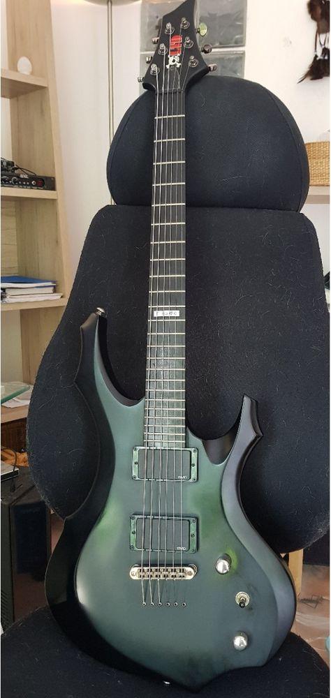 Guitare LTD F-500 500 Cabasse (83)