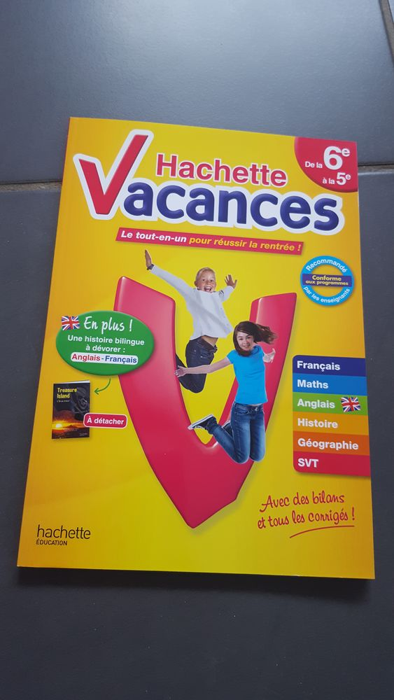 HACHETTE VACANCES Livres et BD