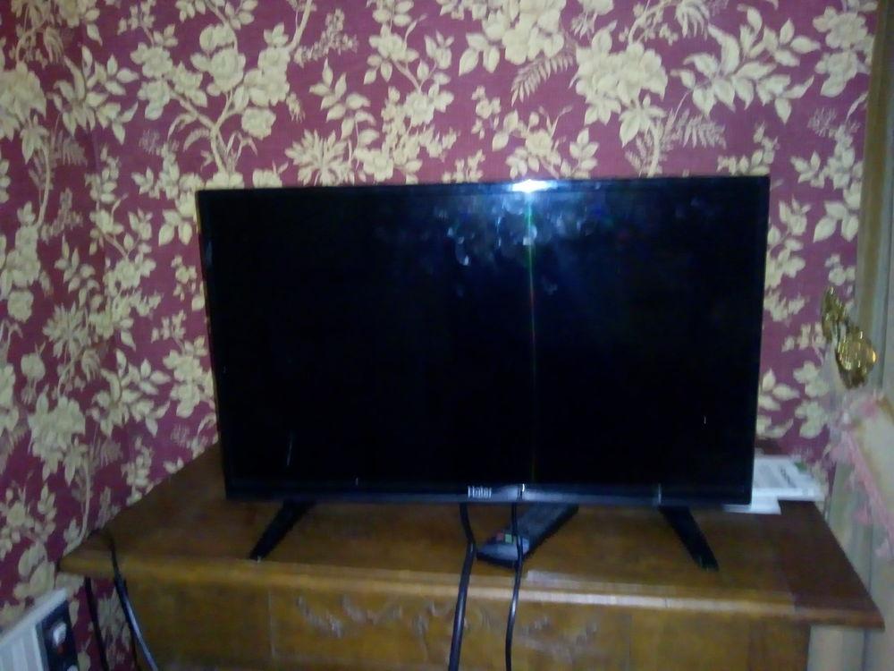 TV LCD LED HAIER HDMI. 120 Cessenon-sur-Orb (34)