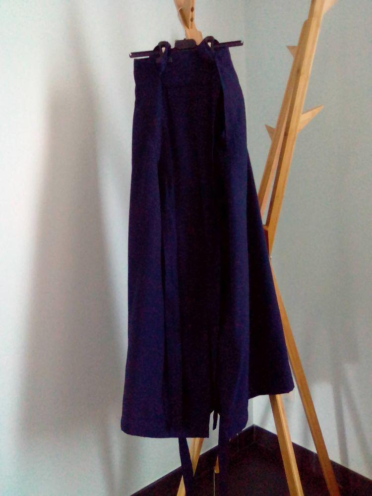 Hakama Bleu Taille 25 50 Arques (62)