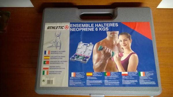 Haltères neoprène 6 kgs avec mallette 17 Reims (51)