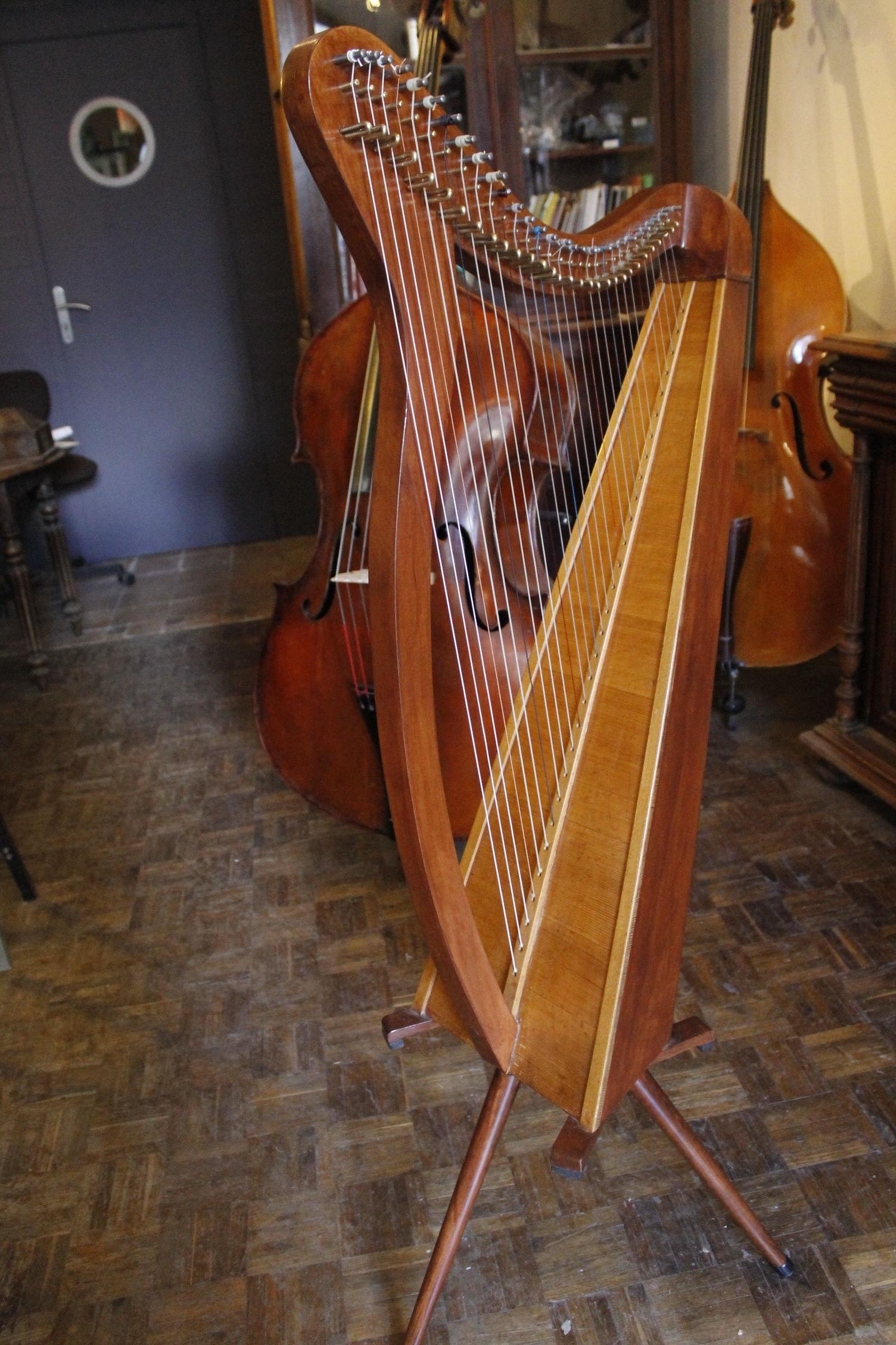 harpe celtique 800 Périgueux (24)