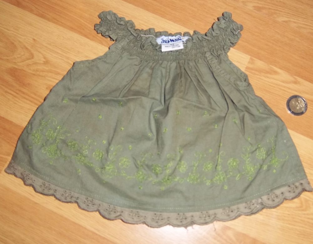 Haut vert club med taille xs 1 Colombier-Fontaine (25)