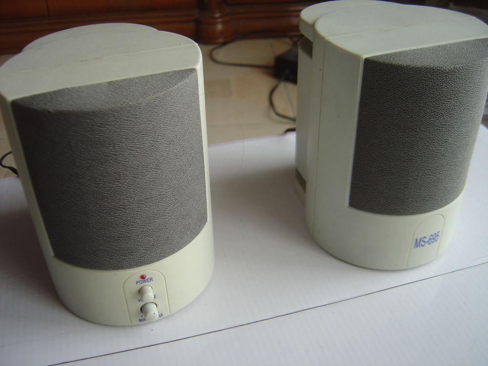 hauts parleurs pour ordinateur  25 Les Pennes-Mirabeau (13)