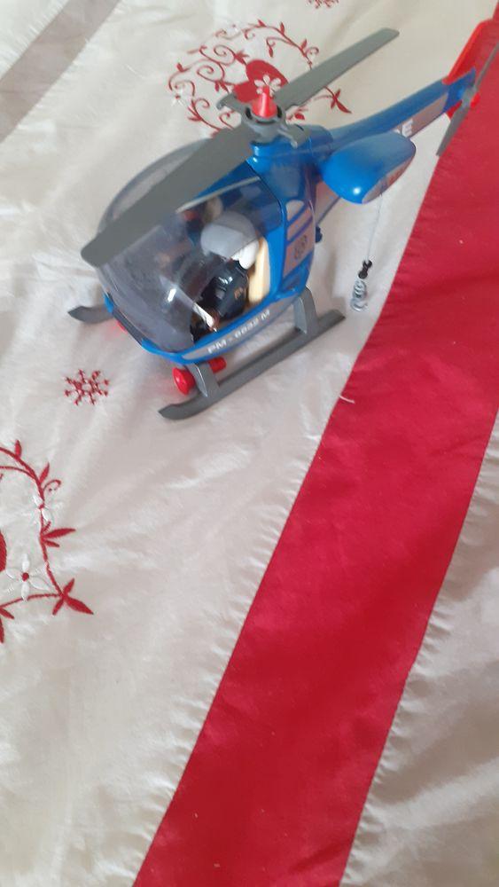 hélicoptère playmobil de police 10 Bonnard (89)