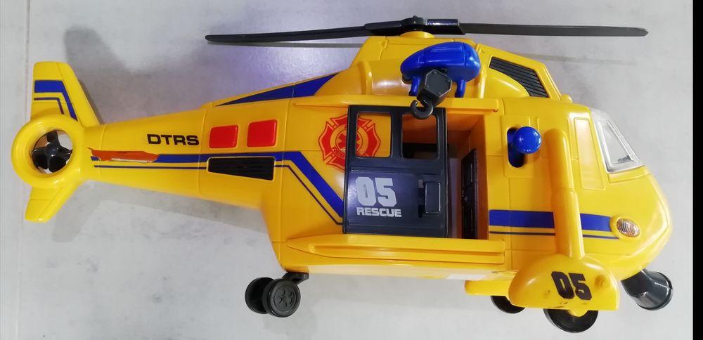 Hélicoptère de secours 5 Saint-Nazaire (44)