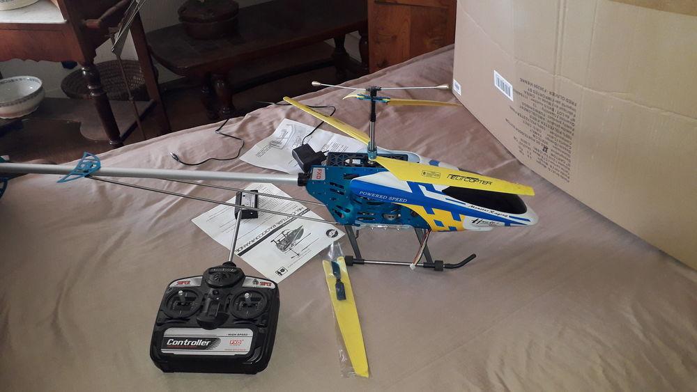 Hélicoptère télécommandé  90 Domérat (03)